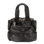 Как найти идеальную черную сумку?