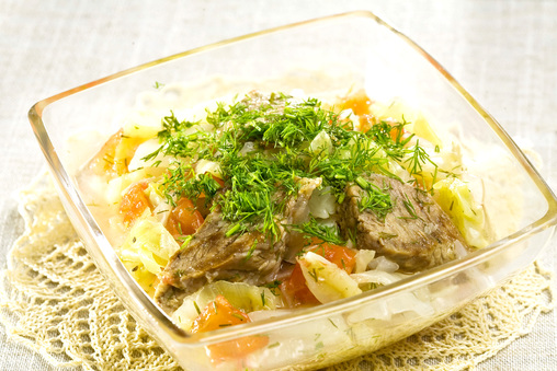 капуста тушенаяс мясом с помидорами и грибами бикус
