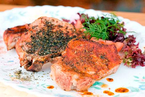 свиной стейк на гриле
