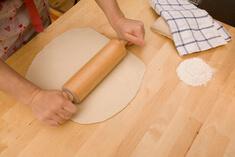 как раскатать тесто для вареников