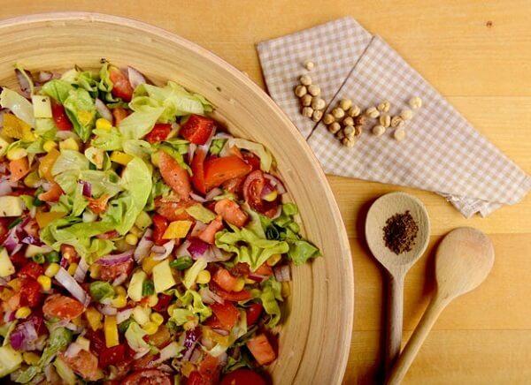 prostoj-salat-iz-nuta