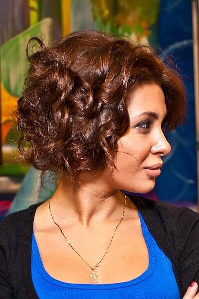 прическа Лизы Кутузовой